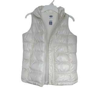 NWOT Old Navy Frost Free Puffy Vest M 8